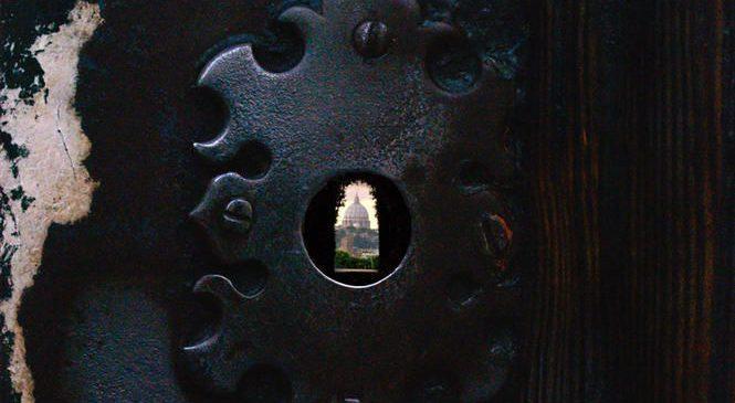 roma-buco-serratura-priorato-665x365