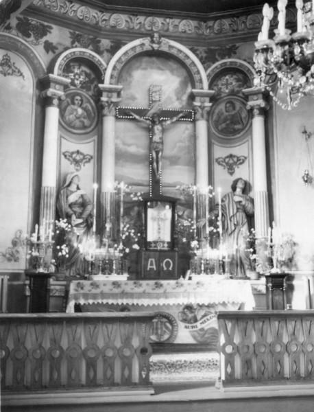 oltarz_glowny_kaplicy_na_greczanach_-_w_1970_r